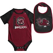Colosseum Athletics Infant South Carolina Gamecocks Garnet/Black Rookie Onesie and Bib Set
